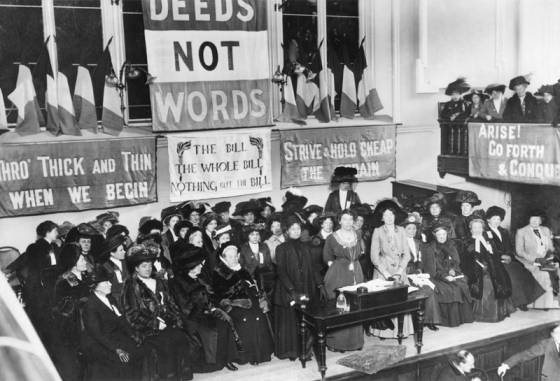 A suffragette meeting in England, 1908